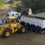 שקילה במעמיס קדמי של אדמה/חול